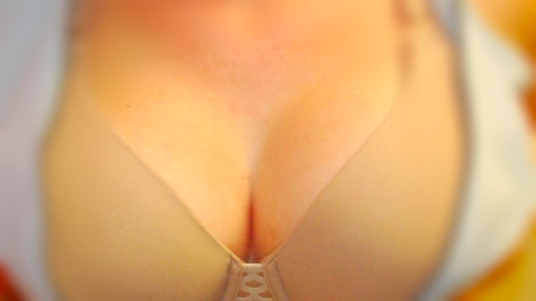 saline or silicone breast implants